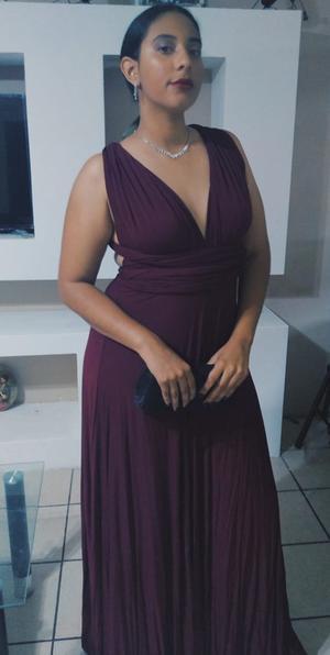 20102019 DE FIESTA.  Aylin Vianney Aldaba Robles.