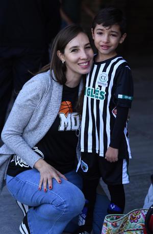 25102019 Jorge y Silvia de Anda, Lorena y Chava Mariscal.