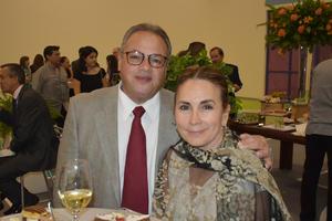 25102019 Óscar y Sara.