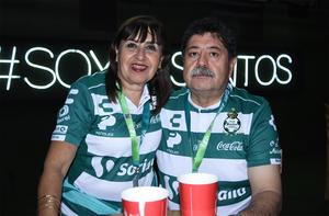 25102019 Juan José y Patricia.
