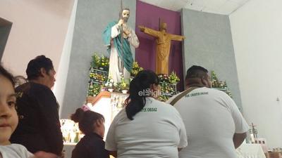 Una vez más, la verbena no pudo faltar para agradecer a San Judas, quien este día 28 estará de fiesta con cada una de las misas que empezarán desde las seis de la mañana y finalizarán a las 19:30 horas.