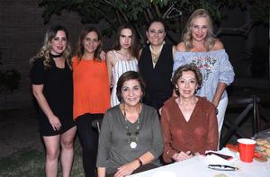 28102019 DE FIESTA.  Marla, Carola, Marla, Karla, Marcia, Conchita y Manin.