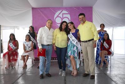 Coronación de reinas del Club Campestre de Durango