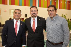 29102019 RECIENTE EVENTO.  Carlos, Manuel y Hernán.