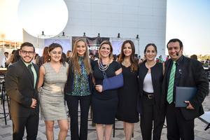 29102019 EVENTO ESCOLAR.  Daniel López, Ana Correa, Karina Chapa, Iris Márquez, Ana Farhat, Alejandra Torres y Braulio Cazares.