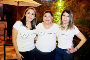 Esthela, Blanca y Tita