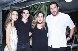 Marla Querejeta, Marla Lozano, Armando Querejeta y Andrés Querejeta