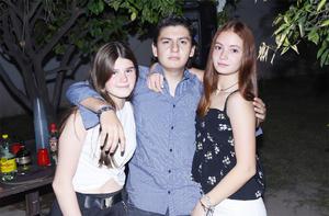 Valeria, Ana y Oscar
