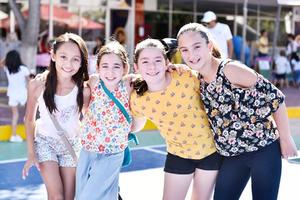 Valeria,Luciana,Ana Laura y Mayte.