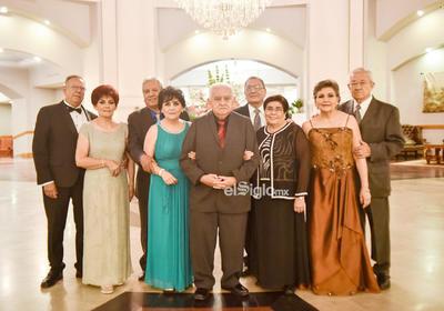 Antonio, Irma, Rafael, Elvira, Jorge, Olga, Mario, Silvia, Enrique y Fer.