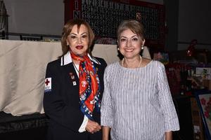 30102019 EN UN BINGO.  Magaly y Martha.