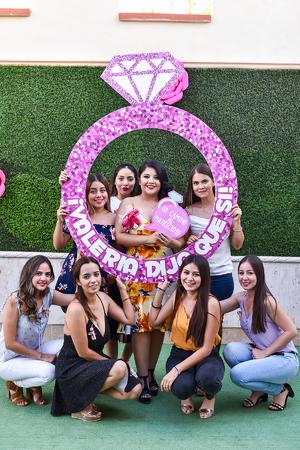 30102019 BODA EN PUERTA.  Valeria Montoya Luna disfrutó de su despedida de soltera.