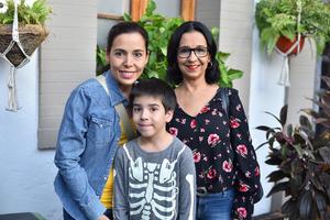 30102019 Tania, Emiliano y Leticia.