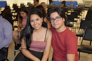 30102019 EN PREMIACIóN.  Karen Alejandra y Manuel Eduardo.