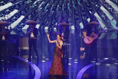 La cantante Natalia Jiménez actúa en la entrega de los premios Las Lunas del Auditorio 2019.