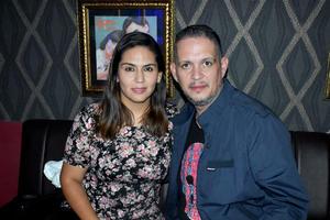 31102019 NOCHE DE ANTRO.  Adriana y Arturo.