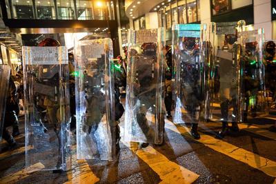 La Policía informó que se vio obligada a disparar gases lacrimógenos contra algunos manifestantes.