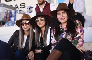 01112019 Astrid Rentería, Adriana Ayala y Deborah Cervantes.