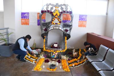 Bebés estrella. En el Teleférico de Torreón realizaron un altar para recordar a todos aquellos bebés que nacieron y murieron en el vientre de su mamá.