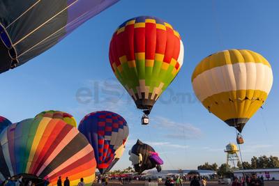 Todavía durante el transcurso de este domingo estarán en Durango los globos aerostáticos y los espectáculos complementarios.