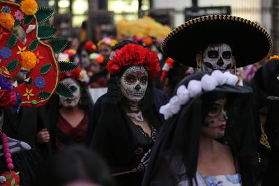 """""""Me siento muy orgulloso de ser mexicano, representando hoy una cultura muy bonita, celebrando el Día de Muertos, una celebración mundial que es un patrimonio cultural"""", compartió a este medio."""