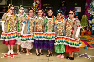 04112019 Diana, Iris, Ana Paola, Ángela, Mariana, Carolina y Celeste.