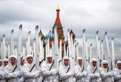 La fiesta se canceló en 2005, pero miembros del Partido Comunista siguen contemplando la efeméride.