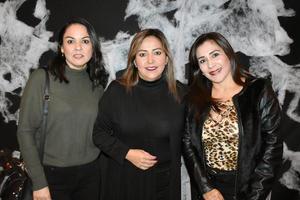 07112019 ASISTEN A CELEBRACIóN.  Verónica, Sara y Rosaura.