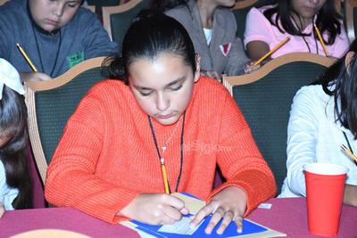 Durante 6 semanas previas se estuvieron publicando lecturas en El Siglo de Torreón los días martes y jueves, con preguntas que sirven como ejercicios de preparación, en donde son las propias escuelas las que seleccionan a sus alumnos y los preparan.