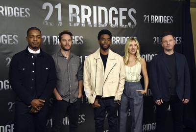 Stephan James, Taylor Kitsch, Chadwick Boseman, Sienna Miller y Brian Kirk.