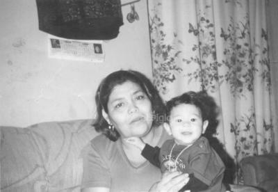 María Concepción Herrera (f), Ma. Guadalupe Picardo. En el año de 1975.