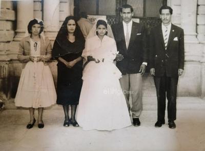 Cruz Palos, Manuela Flores de Palos, Rita Rodríguez Barajas, Pedro Salinas Montelongo y David Palos. Foto de 1960, el 9 de noviembre festejaron 59 años de casados.