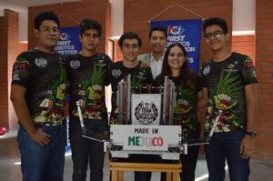 10112019 Estudiantes del Colegio Cervantes destacan en competencia mundial.