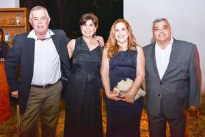 Isauro,Martha,Paty y Carlos.
