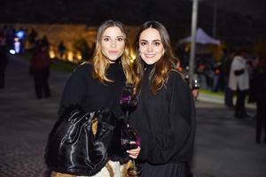 Regina y Mariana
