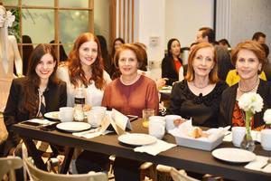 Lucia, Liliana, Cristina, Patricia y Teresa