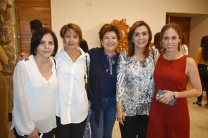 12112019 Marcela, Gabriela, Ana, Lula y Sesei.