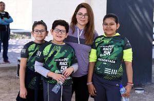 13112019 Ingrid Herrera, Ethan Herrera, Vanessa Bernal y Danna Herrera.