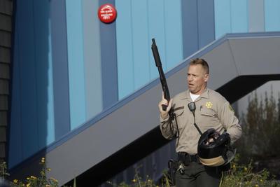 Elementos de la Policía resguardaron la zona.