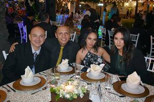 14112019 NOCHE DE BODA.  Amigos de Nancy Martino y Víctor Velázquez estuvieron en su banquete nupcial.