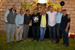 14112019 UN AñO MáS DE VIDA.  Manuel Acevedo celebró su cumpleaños en compañía de toda su familia y amistades.