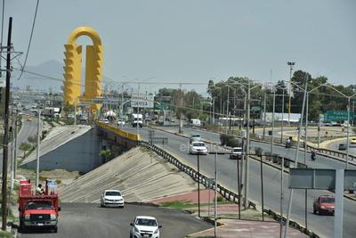 Modernidad. Con el paso de los años, los puentes que conectan a la Laguna de Durango y la de Coahuila han tenido mejoras en su funcionamiento y desarrollo.