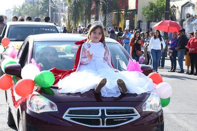 Desfile de la Revolución Mexicana en Gómez Palacio reúne 15 mil asistentes