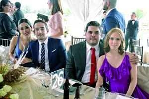 15112019 Andrea, Andrés, Fernando y Regina.