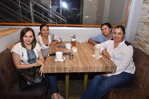 18112019 Adriana, Gaby, Alejandra y Mariana.