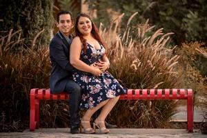 16112019 EN PAREJA.  Jesús Fraire Cardiel y Julia Natalia Saldaña Rojas, hoy unen sus vidas para siempre.