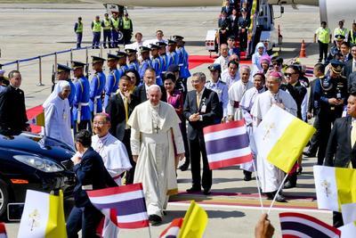 El Papa Francisco visita Tailandia.