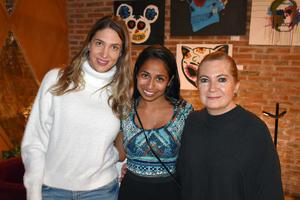 20112019 Elizabeth, Yolanda y Jimena.