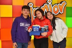 20112019 Carlos, Michelle y Paola.