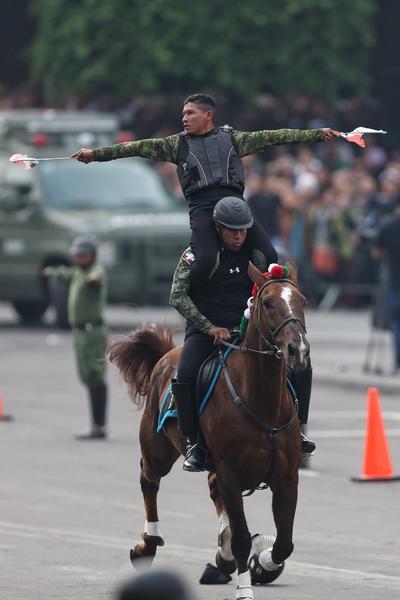 Participaron más de mil 142 elementos del Ejército Mexicano y jinetes civiles.